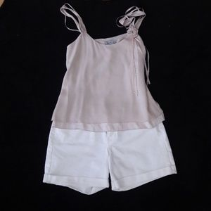 Old Navy Shorts - NWOT. Classic, White Jean Short